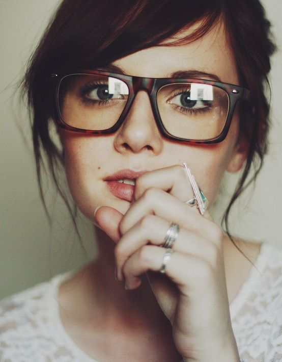 dark and glasses with Women hair