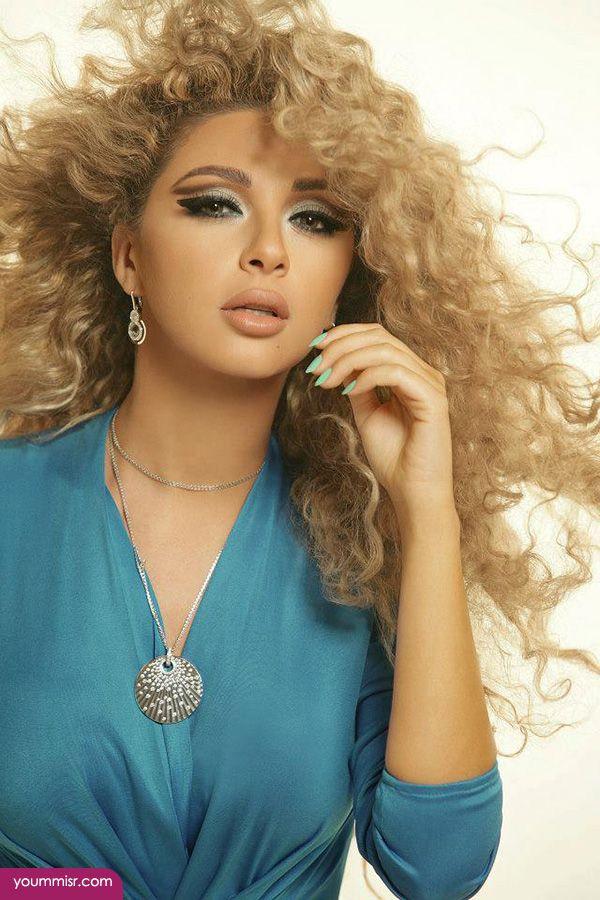 تسريحات ميريام فارس الجديده 2016 روعه فى برنامج انستقرام Femininity Beauty Beauty Face Hair Beauty