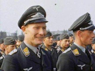 werner baumbach oberst luftwaffe bomber ace ritterkreuz sichenlaub schwerter