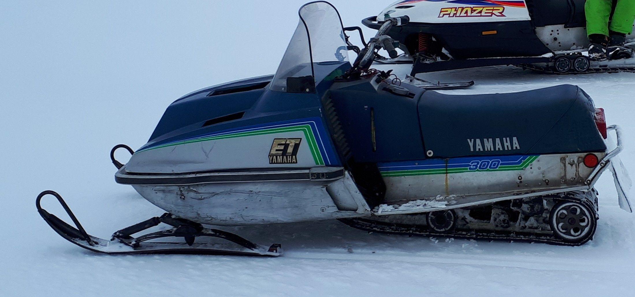 81 et 300 March 11 2018  | Snow machine, Vintage sled, Vintage