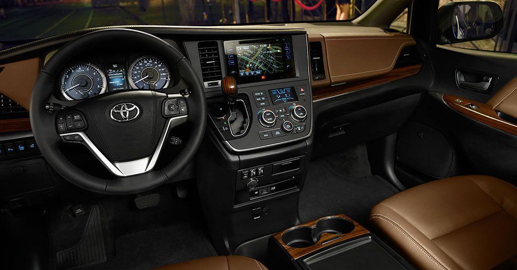 2016 Toyota Sienna Luxury Interior