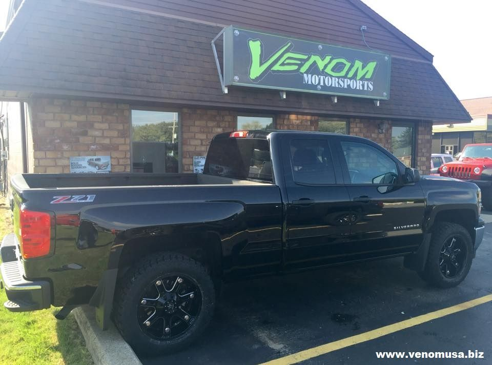 Chevy Silverado With Suspension Maxx Leveling Kit Rbp 97r Wheels