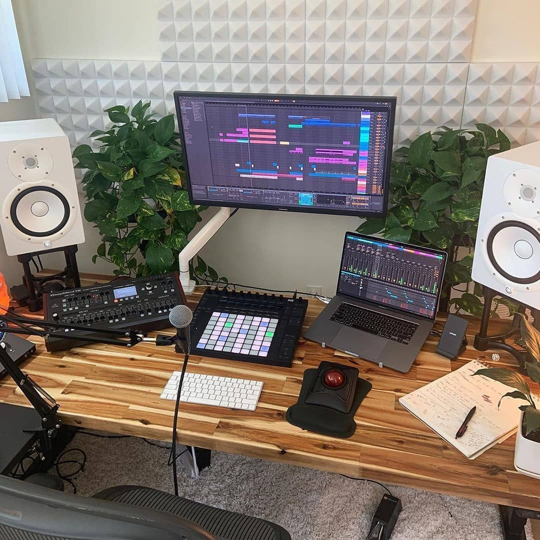 10 modern home studio setups that nail the vibe in 2020