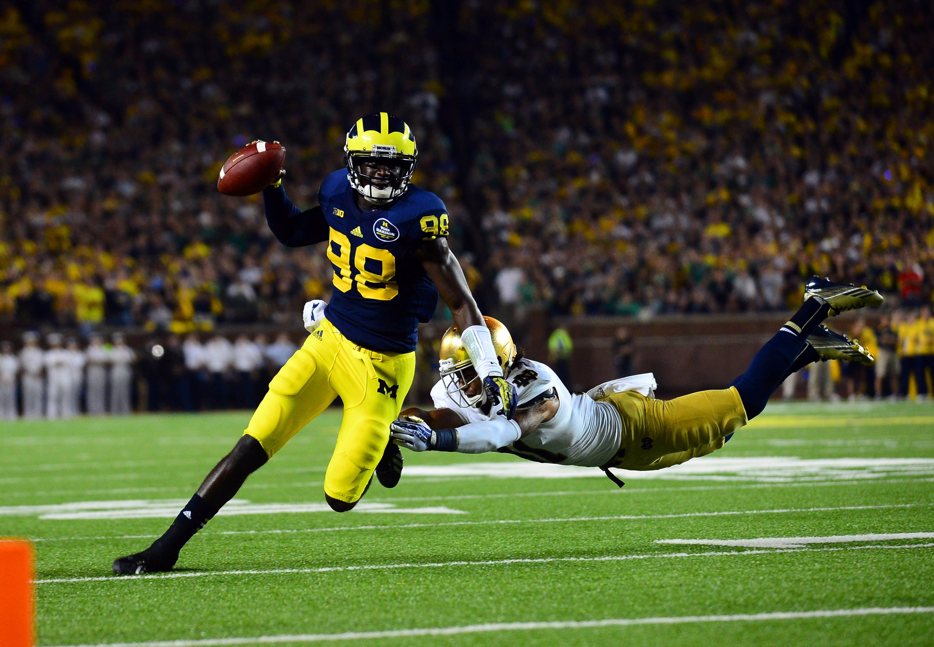 My favorite college football team is michigan i will