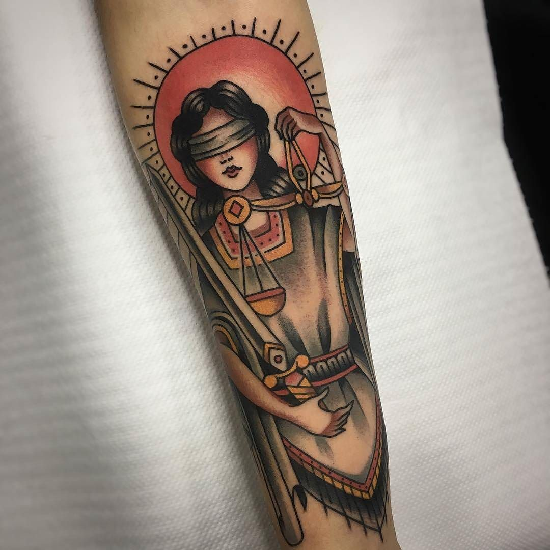 Tattoo Lady Justice: Lady Justice Tattoo By @sinalma.tattooer At @sacrifice.bcn