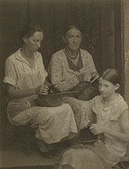 KENTUCKY. Aunt Cord Ritchie, Family, Hindman, Kentucky, Doris Ulmann, 1932-34