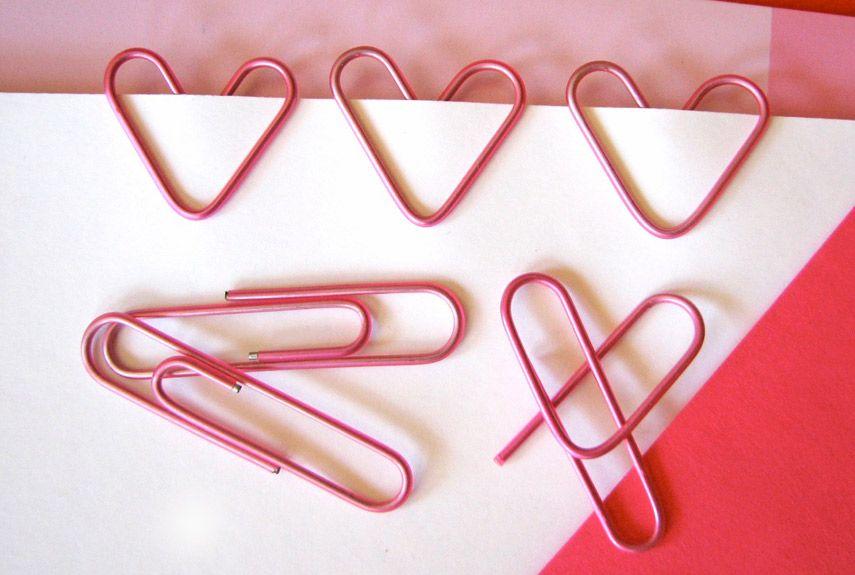 Clipes em formato de coração para incrementar o cartão de dia dos namorados. #diadosnamorados #valentinesday