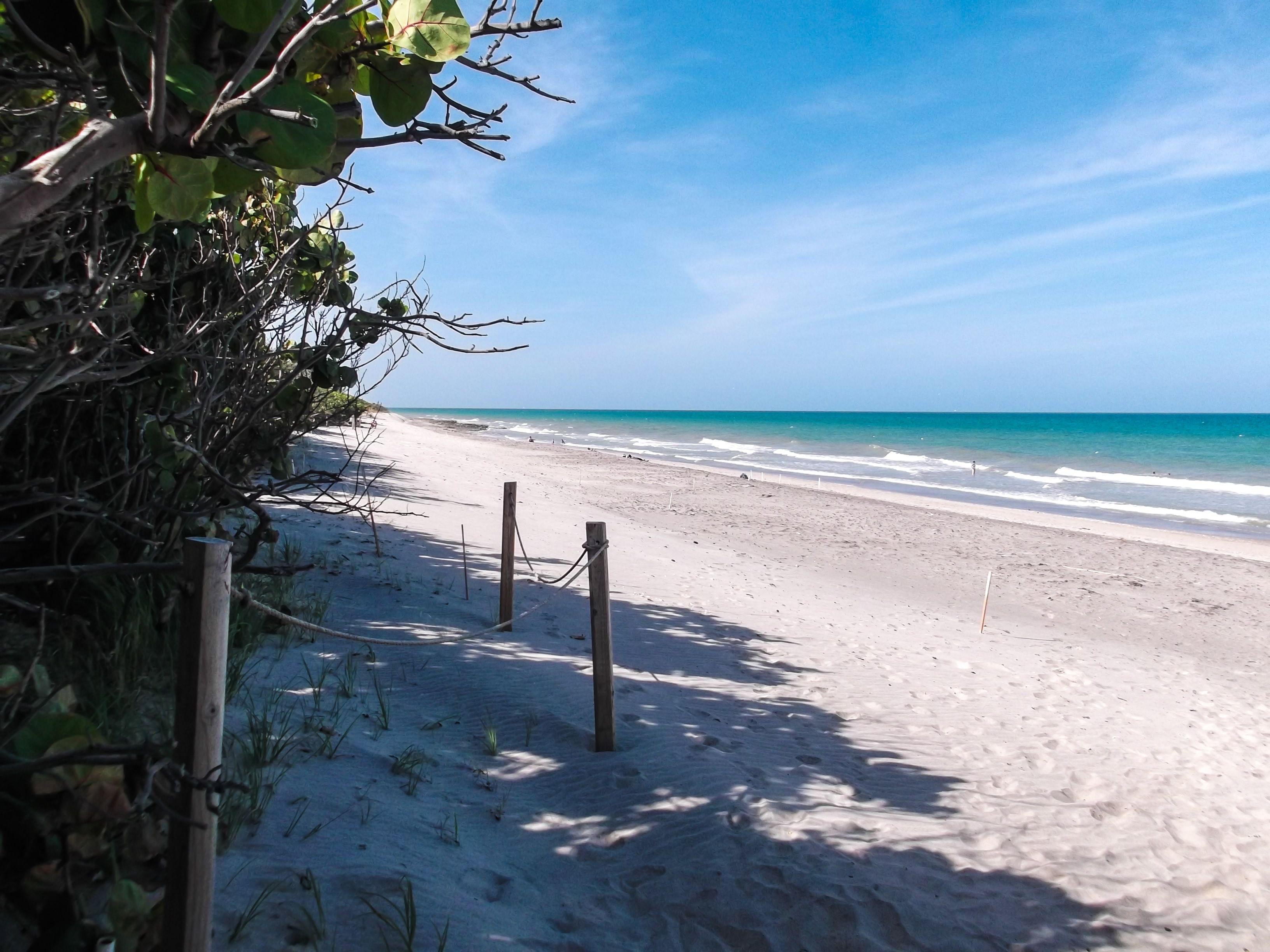 Beautiful Beach In Jupiter Florida