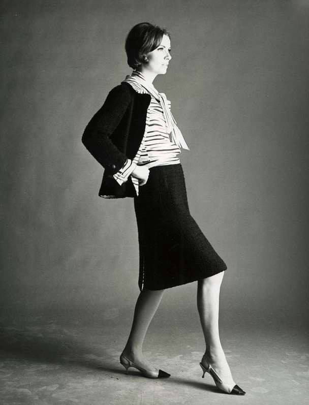 coco chanel s influence on the apparel Coco chanel coco chanel learns from wealthy men how to  christian dior's new  , more fitted, athletic apparel for most occasions more than ever.