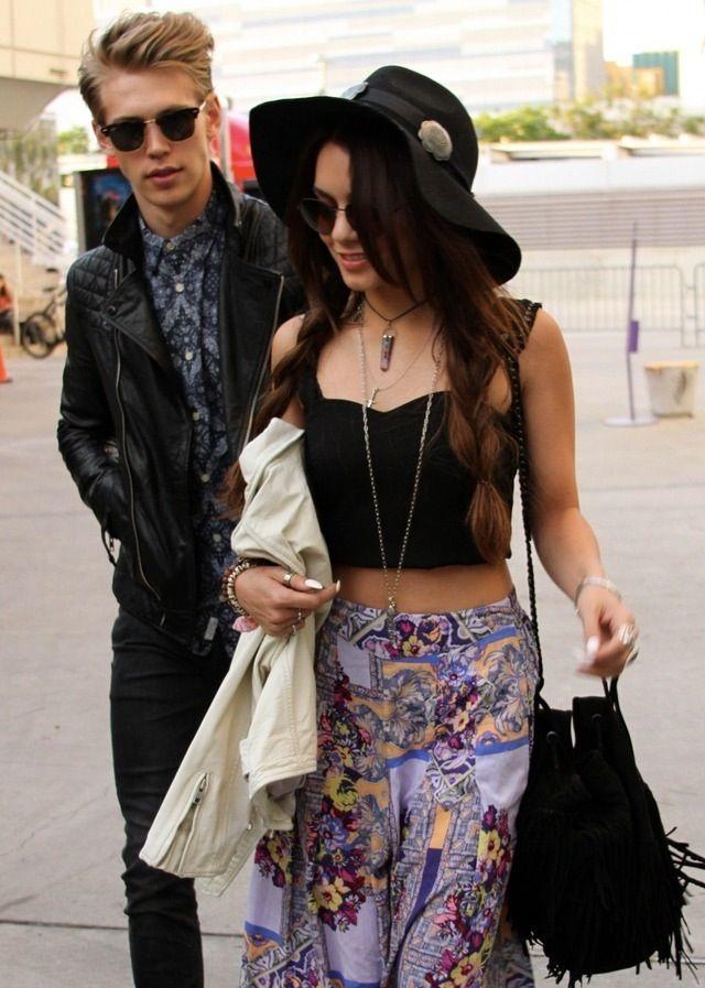 Give me these pants #gypsy #boho #vanessahudgens