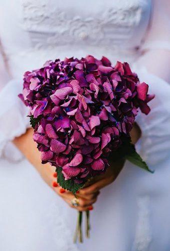 30 Stylish Single Bloom Wedding Bouquets #fantasticweddingbouquets