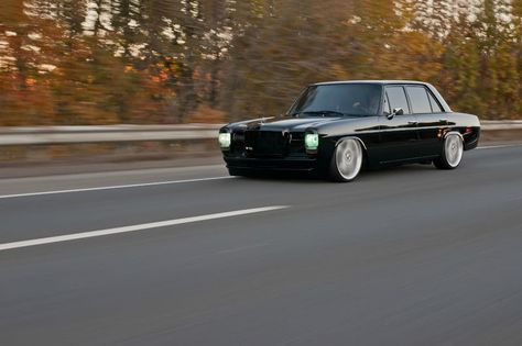Incredibly Blacked Out Resto Mod Old Mercedes Sedan Mit Bildern