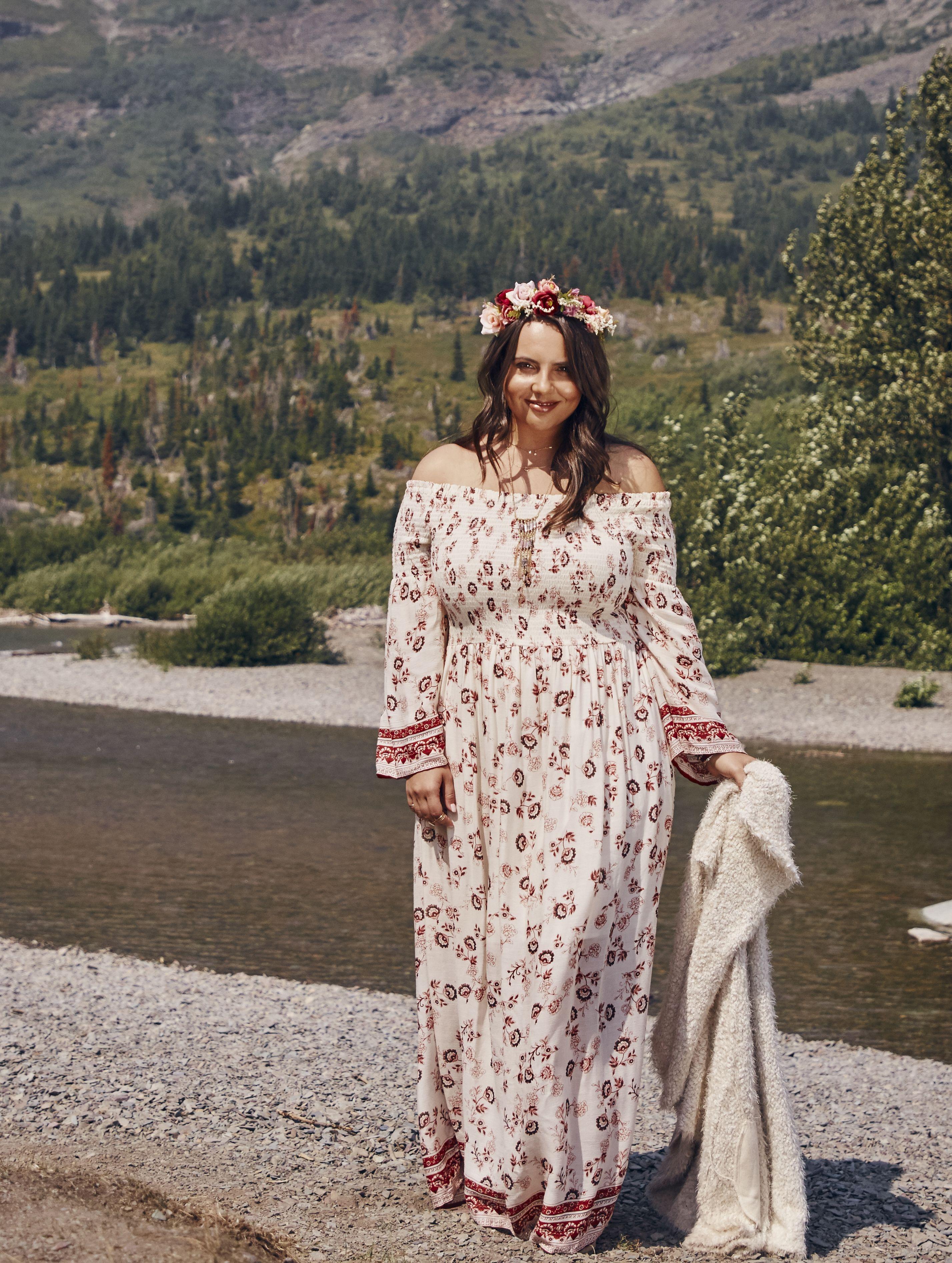 03b9f1a996078 A Beautiful Soul Kesterson Maxi Dress in 2019