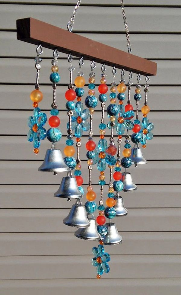 40 diy wind chime ideas to try this summer diy wind for Homemade wind chimes for kids