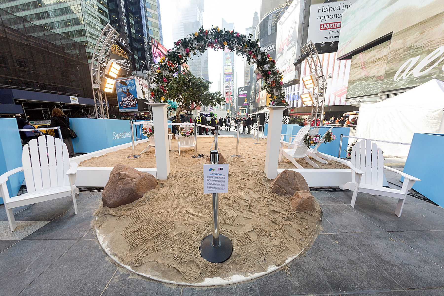 Pop Up Travel Industry Luxury Travel Trends Butterfly Diary Nyc Times Square Aruba Times Square