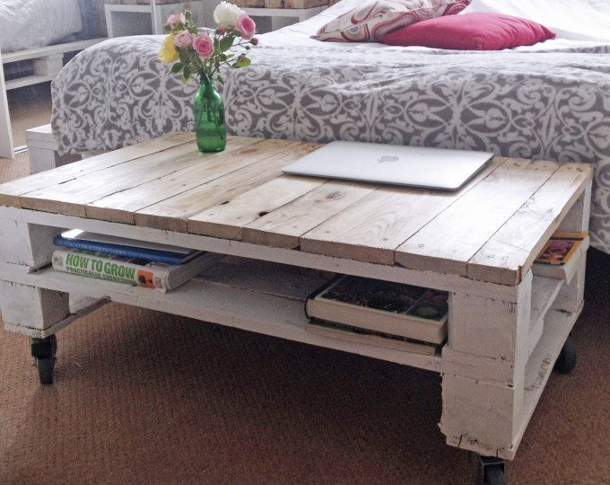 LEMMIK LARGE Reclaimed Wood Pallet Coffee Table   In Farmhouse Style
