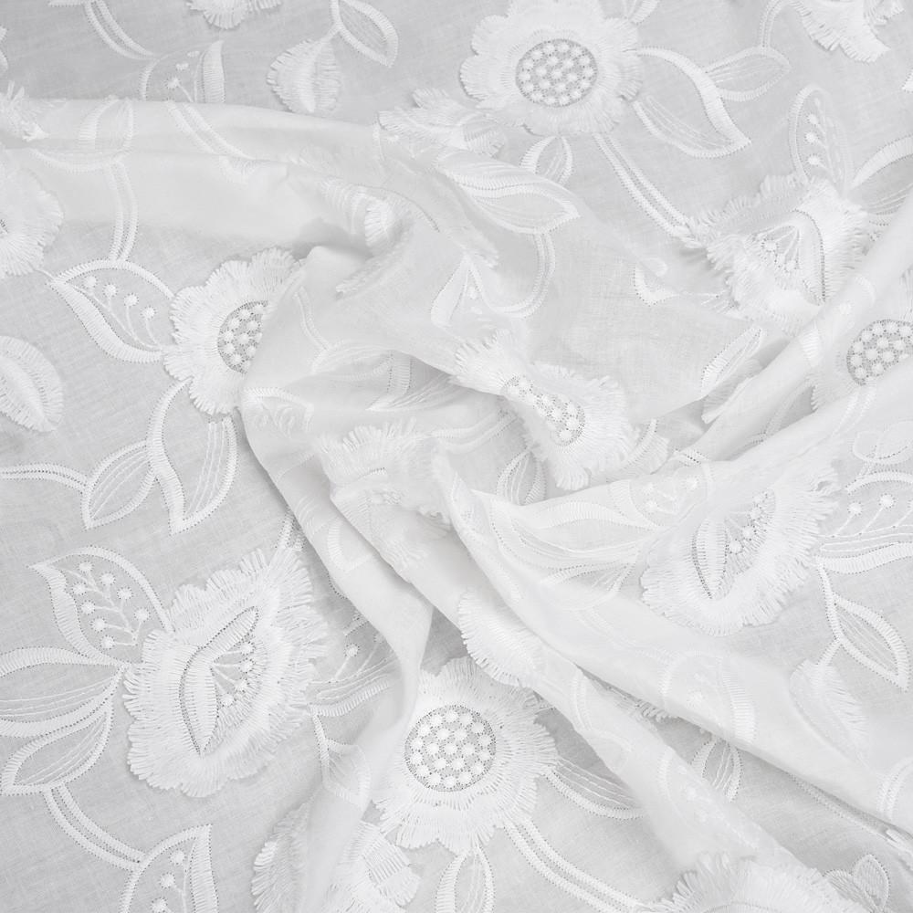 Tissu Coton Brode A Franges Tissu Pour Couture D Habits En 2020 Tissu Coton Broderie Anglaise Tissu