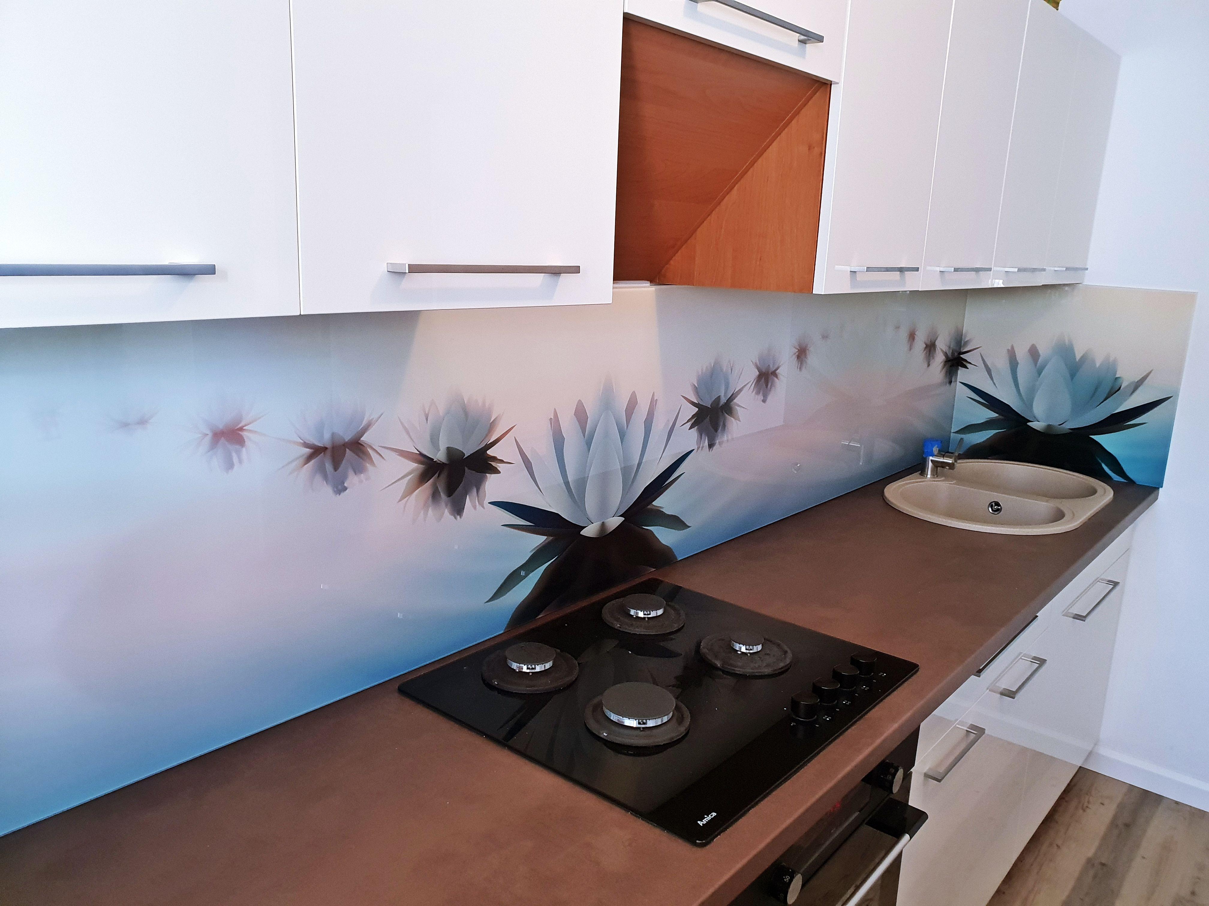 Popularny Wzor Panele Szklane Motyw Roslinny Lilie Nenufary Kwiaty Szklo Do Kuchni Dekoracja Glass