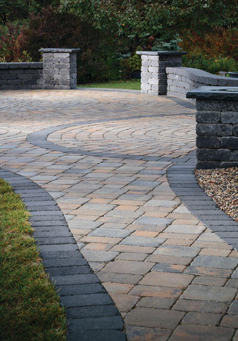 Create A Warm Welcome With Striking Walkway Borders Flagstone Patio Hardscape Backyard Bluestone Patio