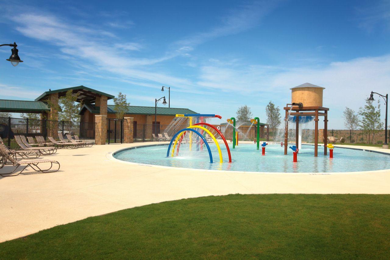 Kid's pool Kid pool, House styles, Pool