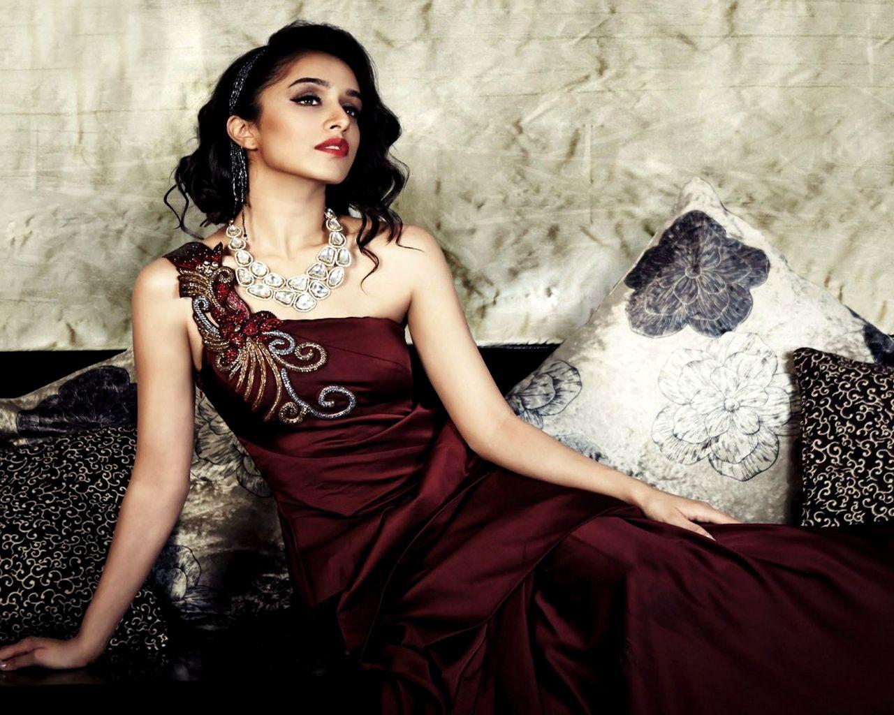 Download Bollywood Actress Hd Wallpapers 1080p Free: Shraddha-kapoor Images Latests Free Download Hd Dp 1080p