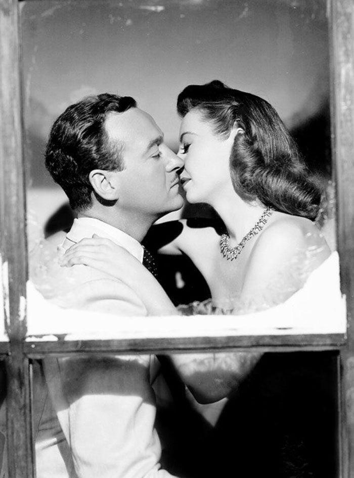 """David Niven y Barbara Stanwyck en """"El otro amor"""", 1947"""