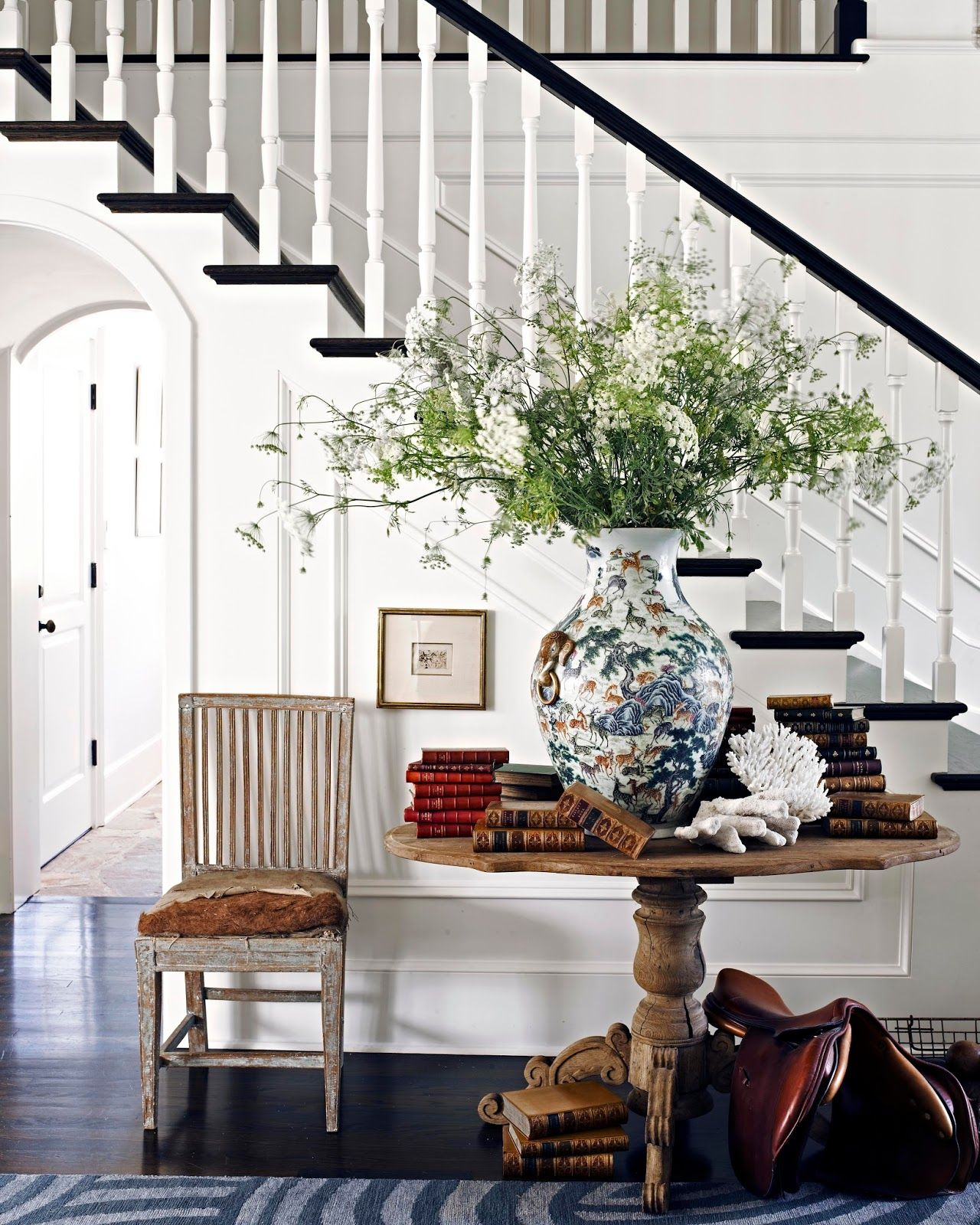 Image Via Pinterest Nbsp Staircase Styles Round Entry Table Foyer Decorating