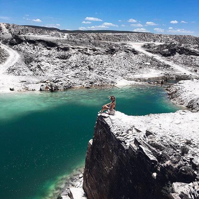 A Pedreira da Lagoa Azul é uma das atrações da Serra da Canastra em MG