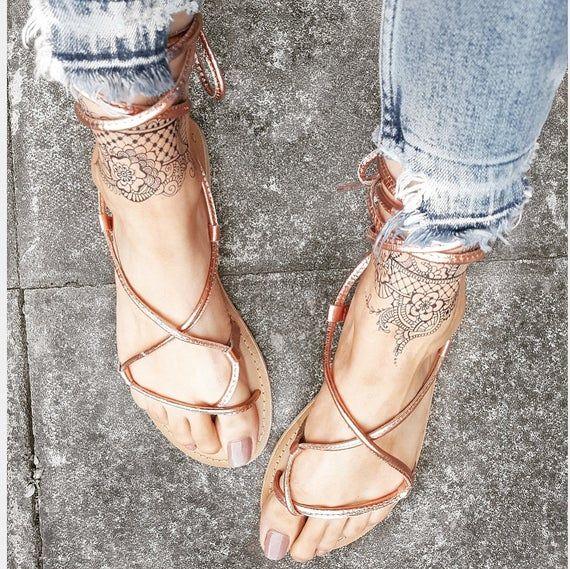 Mendhi Henna Pattern Design Temporary Tattoo Bracelet