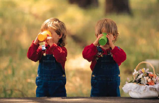 Feeding Infants And Toddlers With Images Allergies Kids Health