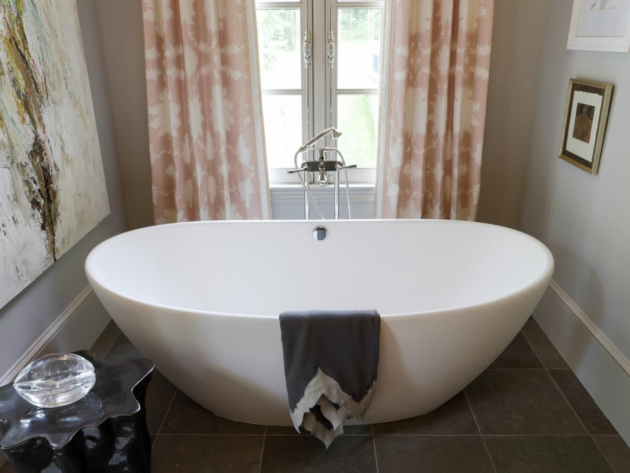 Charming Bathtubs