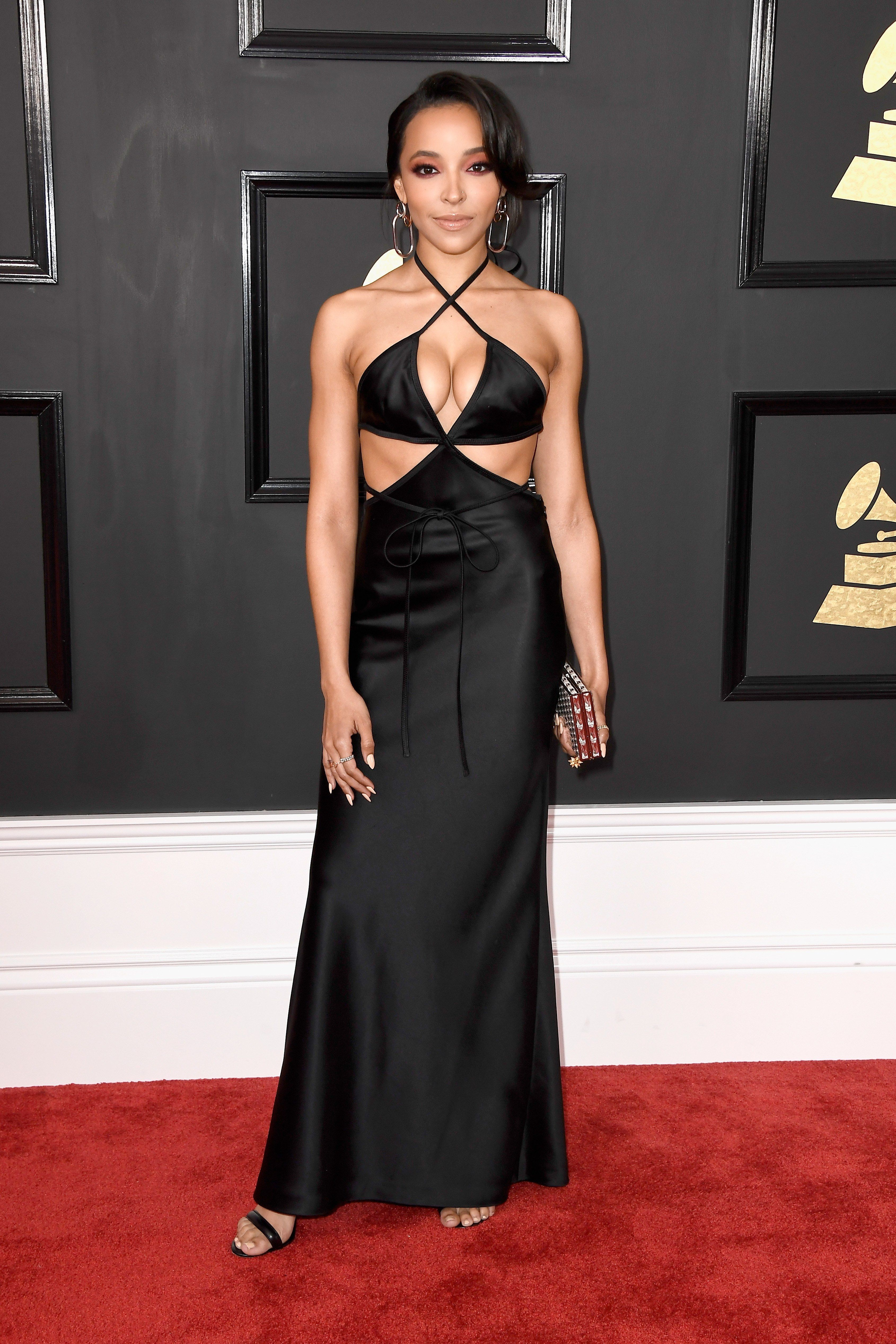 Grammys 2017 Rihanna Beyonce And More Of The Boldest Looks Of The Night Red Carpet Dresses Best Grammy Awards Red Carpet Red Carpet Looks