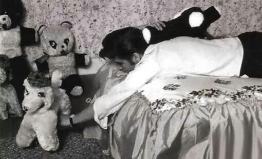 Bed and stuffed animals