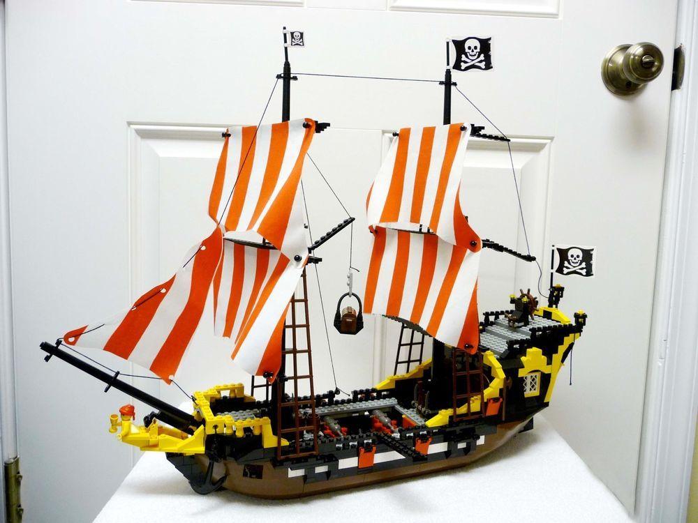 Lego 6285 Black Seas Barracuda 100 Complete Lego Pinterest