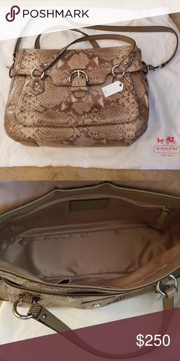 Coach Handbag Carried one c9ba5540520d8
