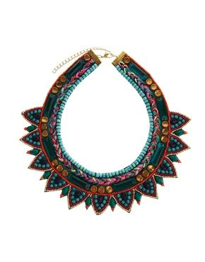 78beb85f0409 Collar babero de fiesta con triángulos de ASOS