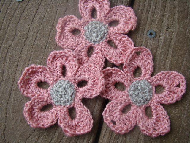 Daisies Applique - free crochet pattern - so cute!