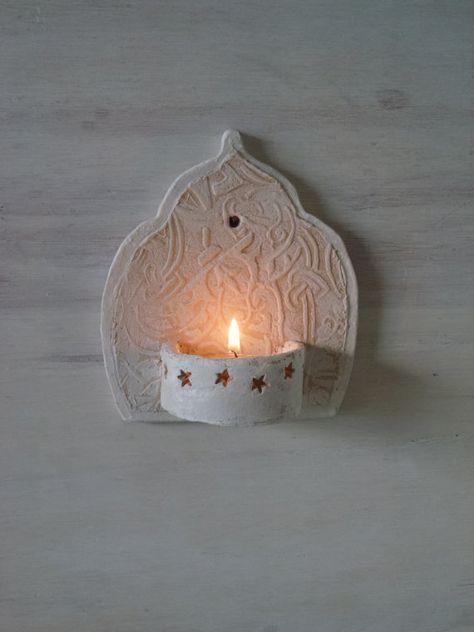 Marokkanischen Stil Keramik Wandleuchte, kleine Teelichthalter für Badezimmer Veranda oder Innenhof Boho Einweihungsgeschenk von Louise Fulton Studio