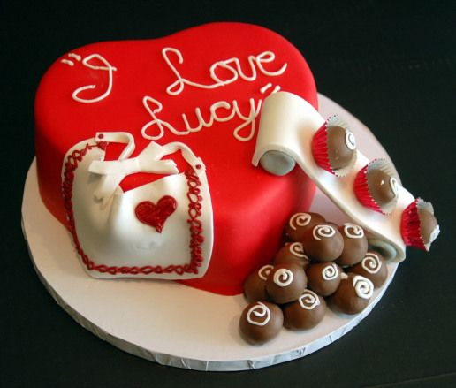 I Love Lucy Cake I Must Have This With Images Love Cake