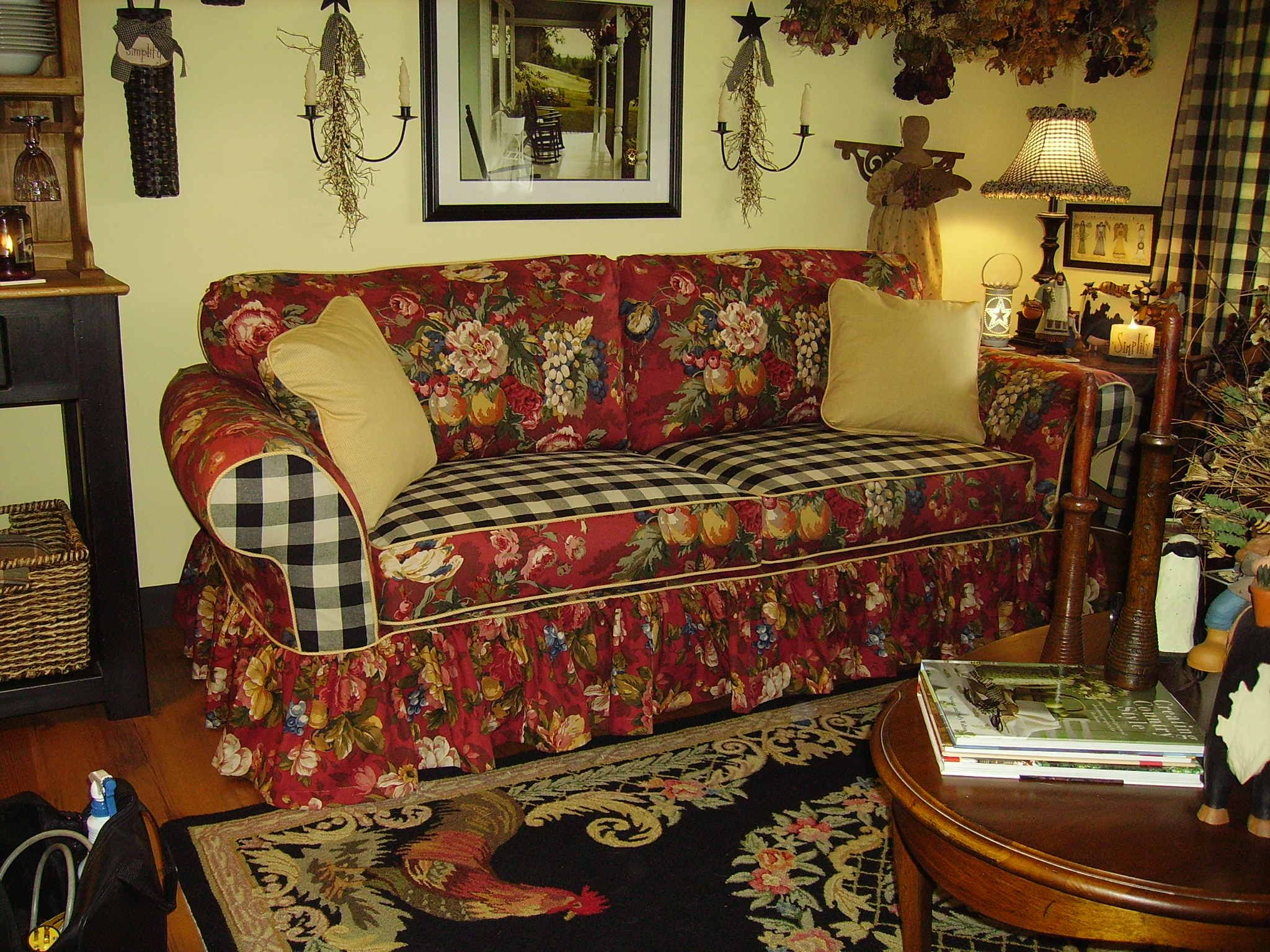 Country Style Sofa Slipcovers | Margeu0027s Custom Slipcovers