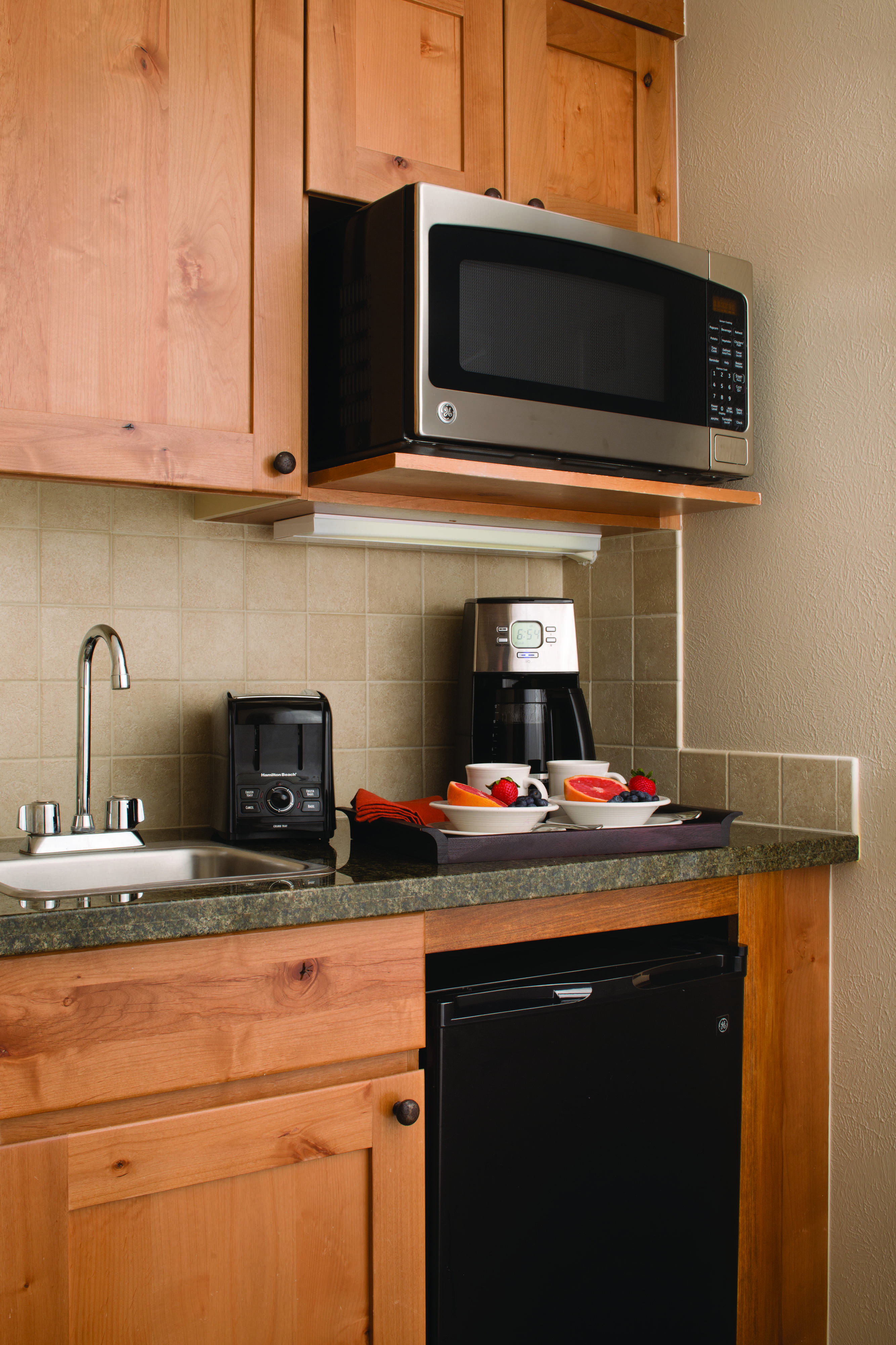 Marriott S Timber Lodge Guest Room Kitchenette Holiday Enjoying Guestroom