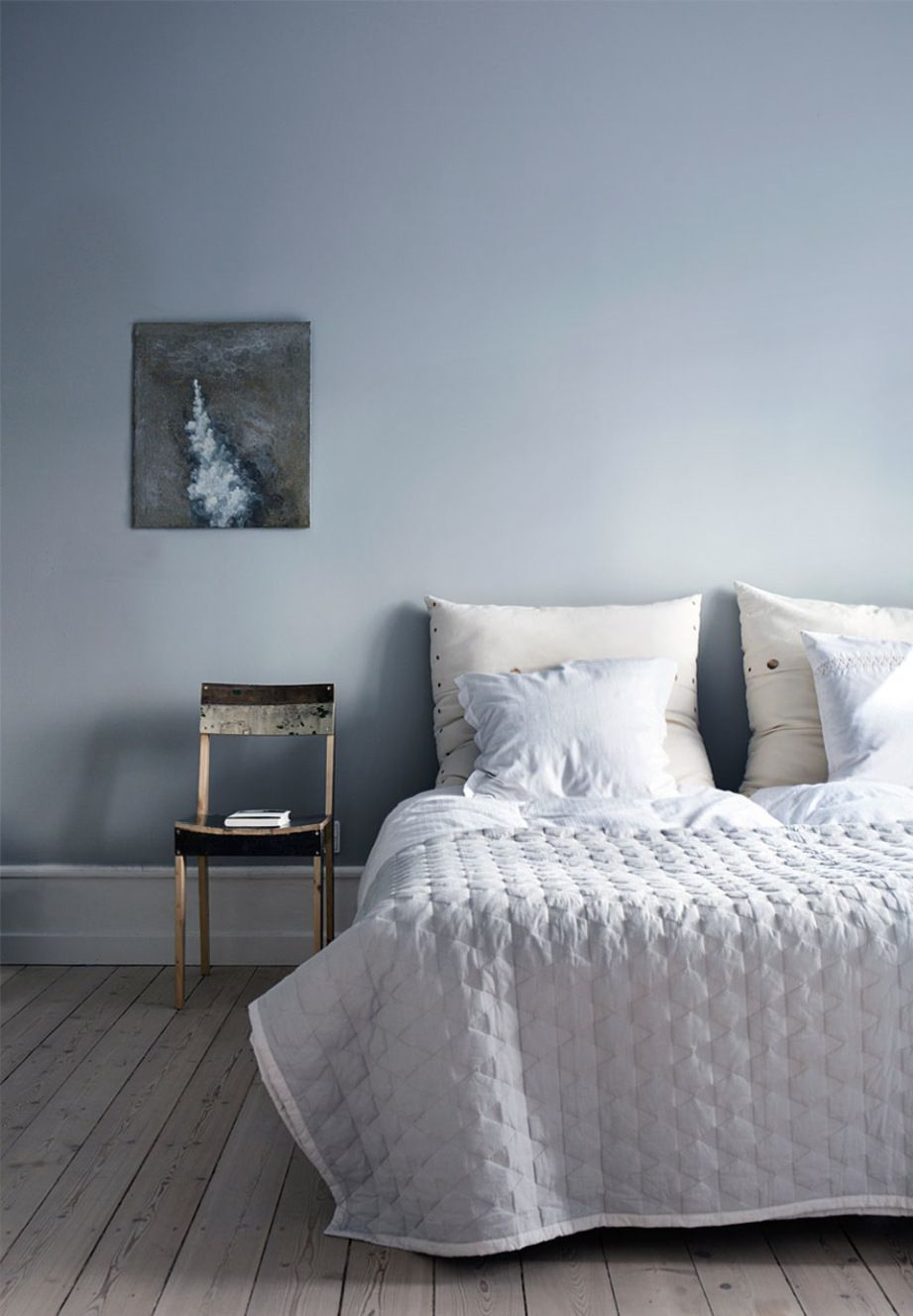 Lovely Blue Gray Paint Colors for Bedrooms