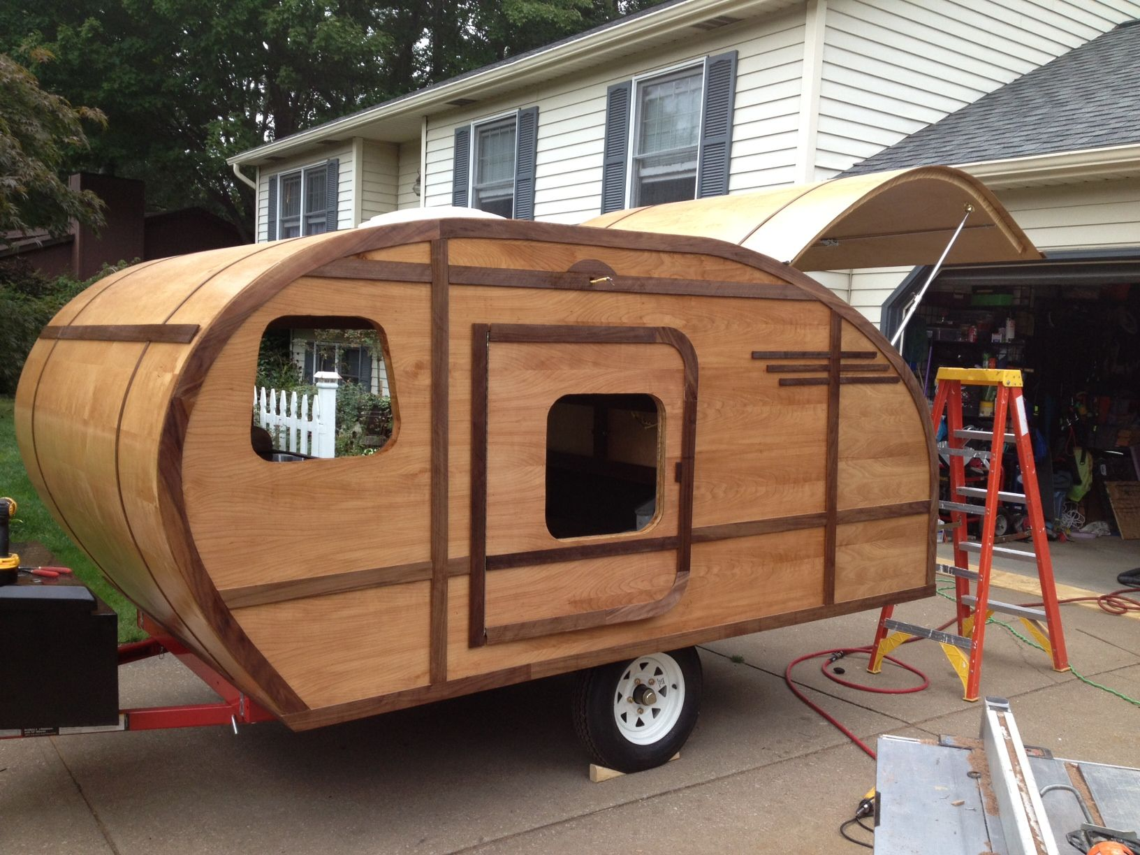 Added The Doors And The Rest If The Exterior Trim Before The Rains Hit I Should 39 Ve Built An Ark