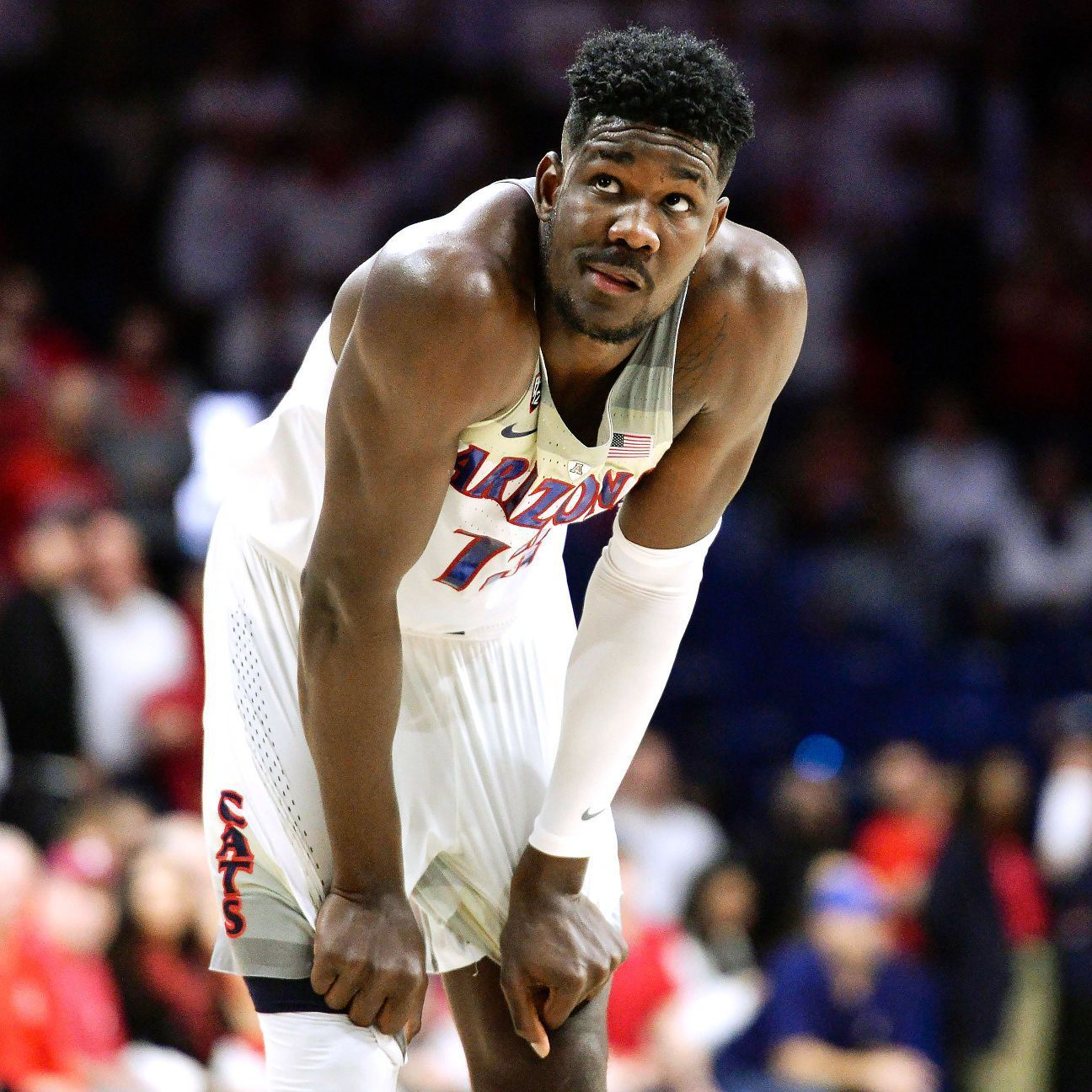 Deandre ayton arizona wildcats play on as questions