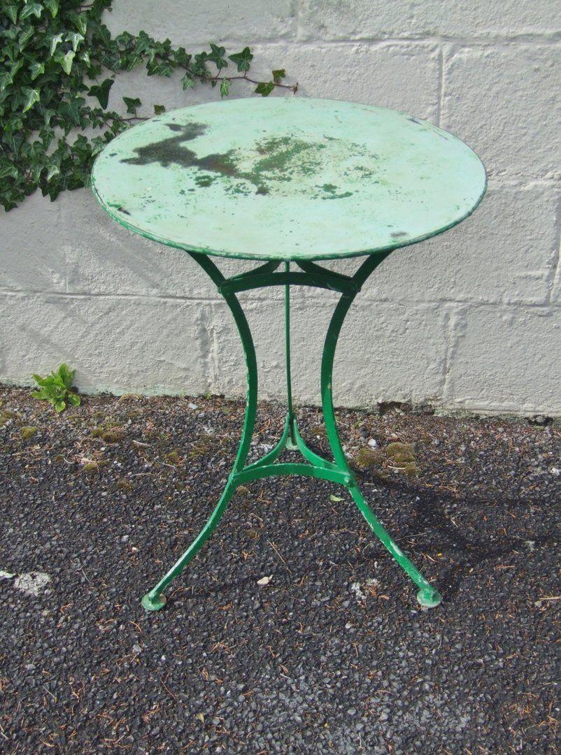 G285 - Lovely Vintage French Pedestal Garden Patio
