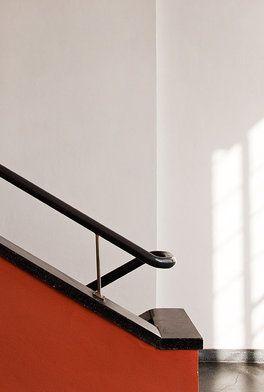 Bauhaus dessau foundation escaleras pinterest - Bauhaus iluminacion interior ...