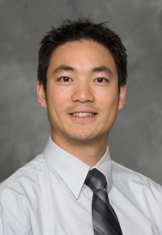 Meet Dr Dennis Ting Orthopaedic Surgeon Of Princeton Veterinary
