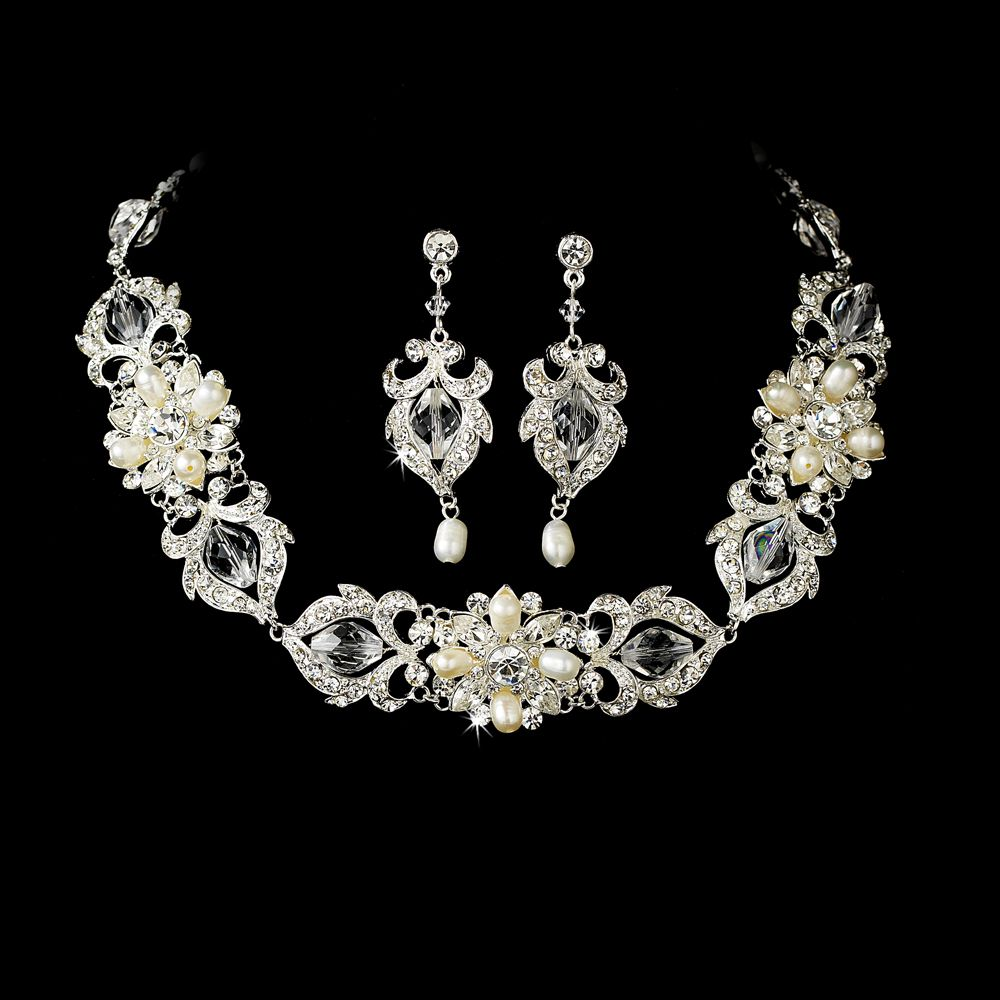 Explore Bridal Necklace, Bridal Jewellery, And More!