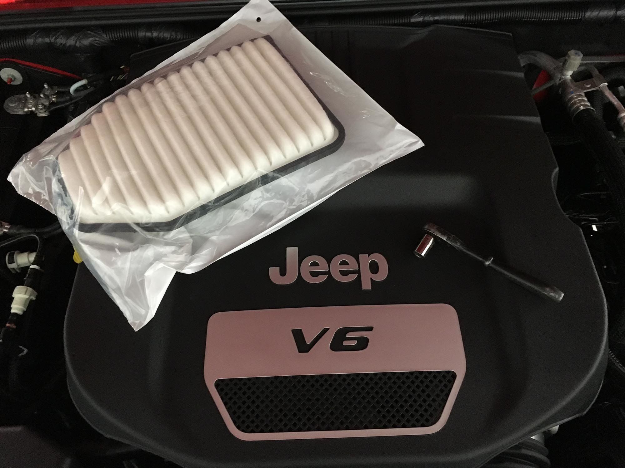 How To Replace A Jeep Jk Wrangler Air Filter Air Filter Jeep Wrangler Jk Jeep