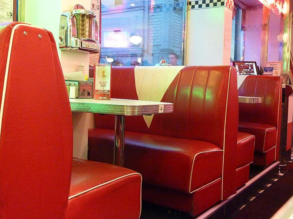 Eddie Rocket's American style diner - Dublin, Ireland | 50s Diner ...